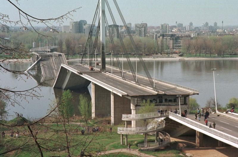 Serbia marks 17th anniversary of NATO bombing - Serbia.com