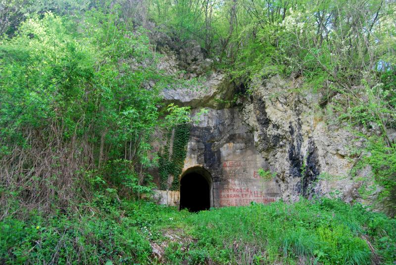 Underground tunnels Gornjak gorge