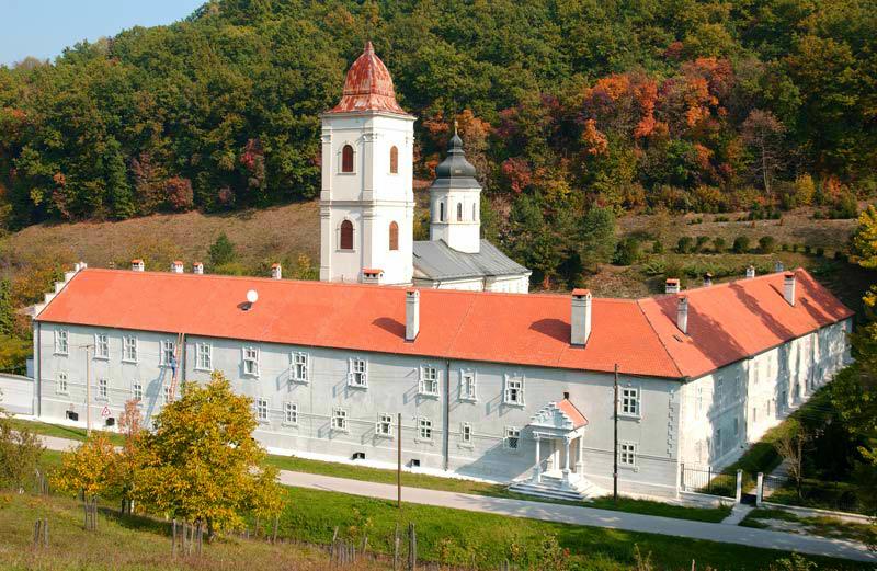 Manastiri Fruške Gore Beocin-Monastery